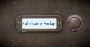 Suhrkamp Verlag Klingelschild