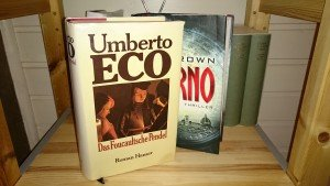 Umberto Eco: Das Foucaultsche Pendel vs. Dan Brown: Inferno